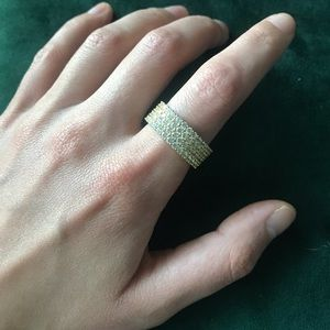 Jewelry - Vintage Gucci Infinity Ring